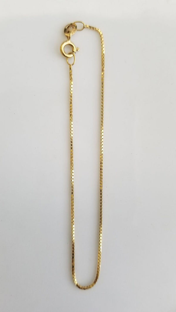 Gjenmi thin gold box chain bracelet