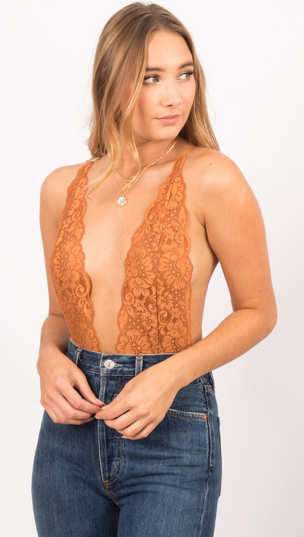 Comin' In HAHt Lace Bodysuit - Brown Sugar