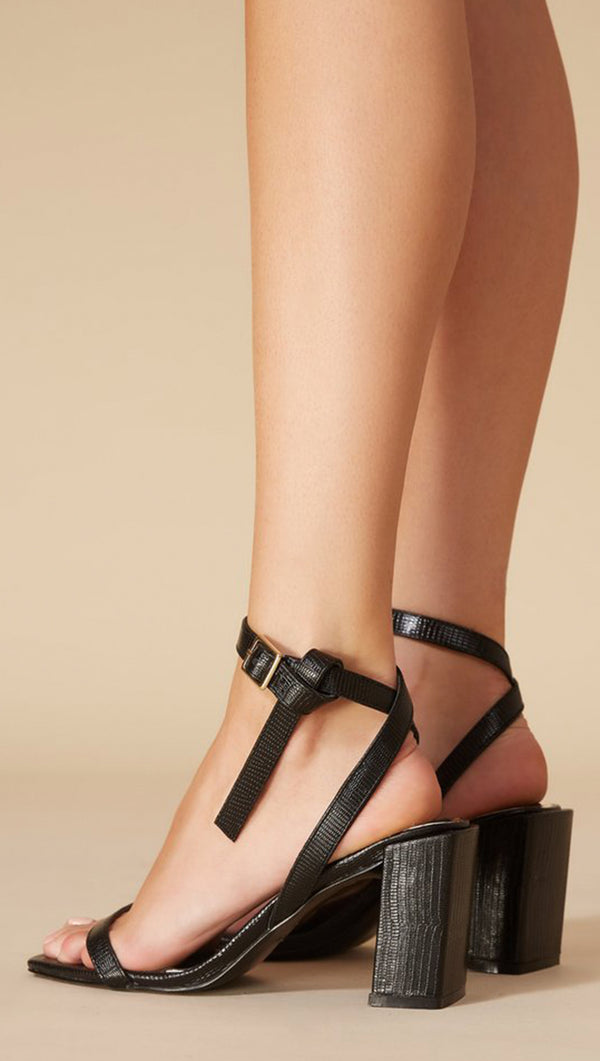 Essential Leather Heel - Black