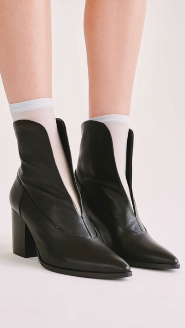 Jaggar black slip on leather booties
