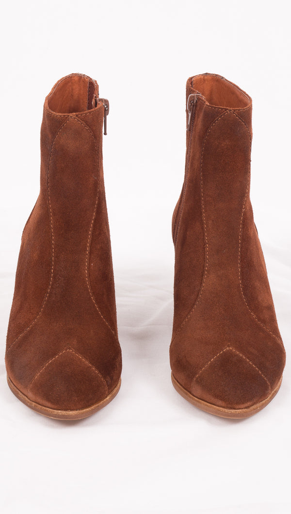 Rayford - Rust Oiled Suede