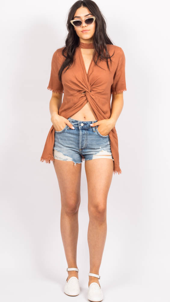 Short Sleeve Top with neck collar