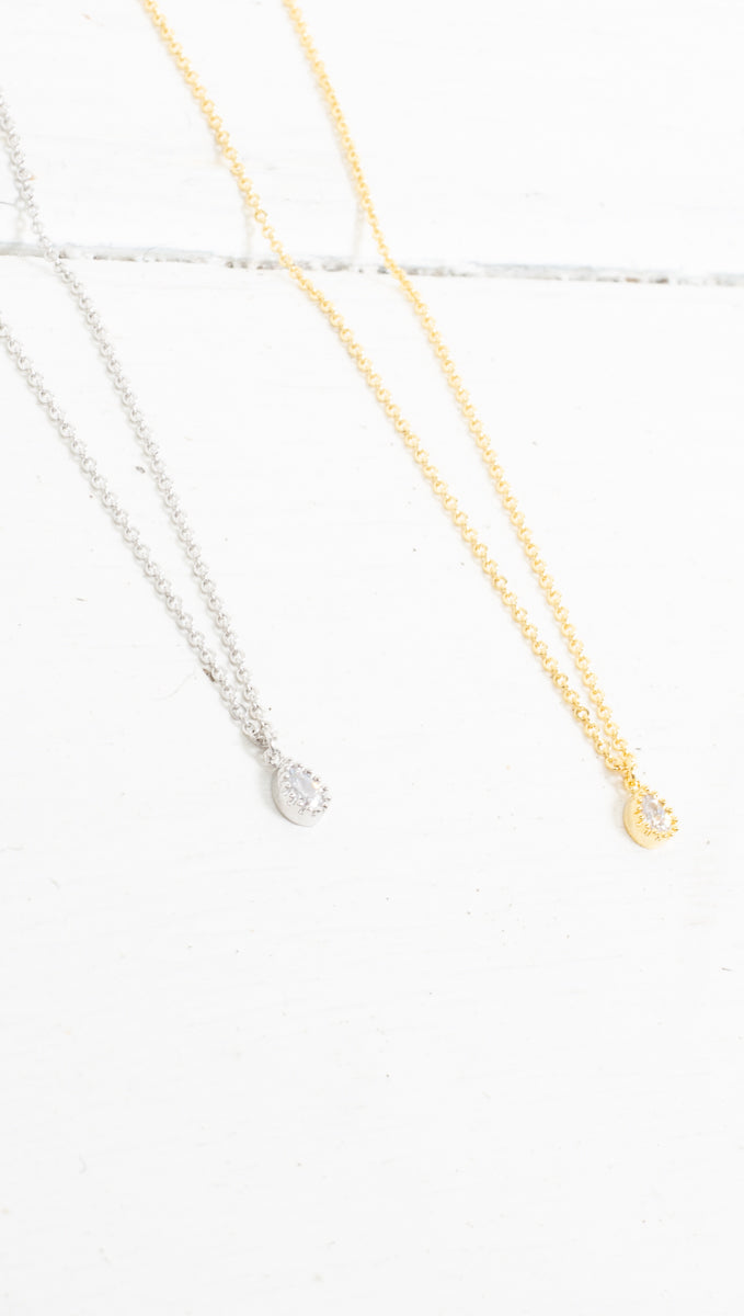 Single Tear Drop Necklace - Gold