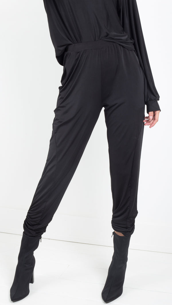 Ripley Rader black slim crop pants