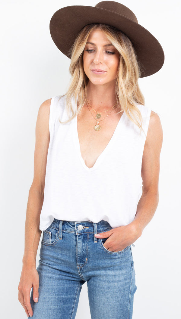 U Neck Crop - White