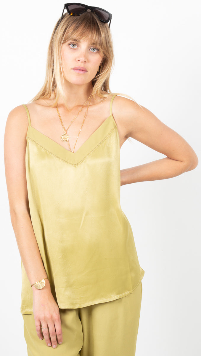 Ashley V-Neck Tank Top - Avocado