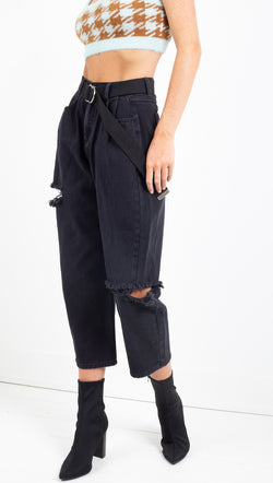 Winter Muse black denim cropped boyfriend jean with black belt