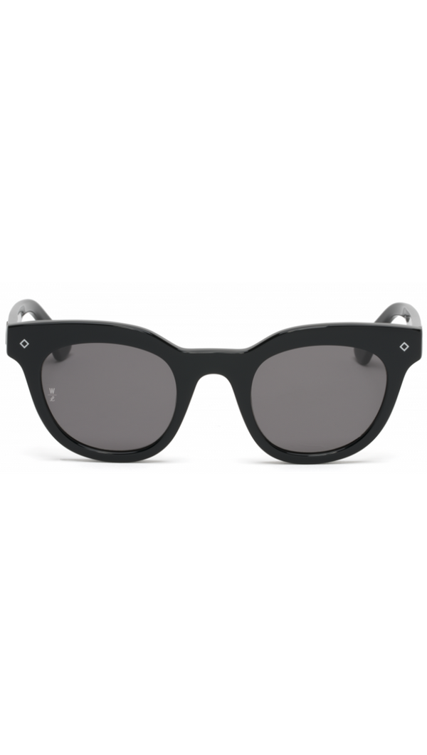 Wonderland Sun Black Sunglasses