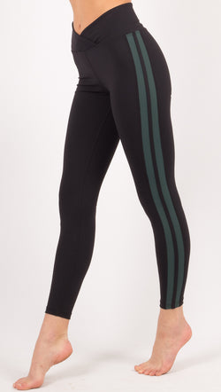 Year of Ours Black/Green Leggings