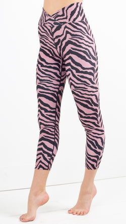 Year Of Ours black/pink tiger print cropped leggings
