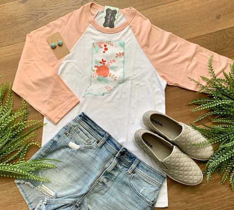 Indiana tee peach sleeve coral floral - Caroline's Boutique Indiana