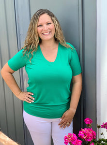 Short sleeve v neck Kelly green