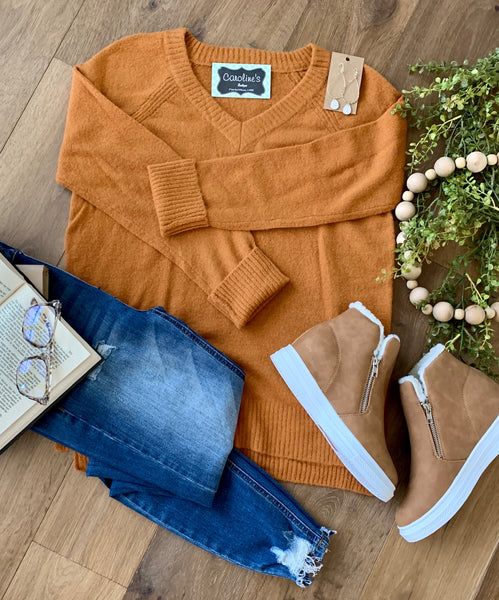 V-neck raglan shoulder sweater