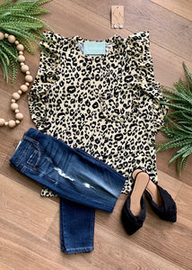 Ruffle and leopard print short sleeve shirt