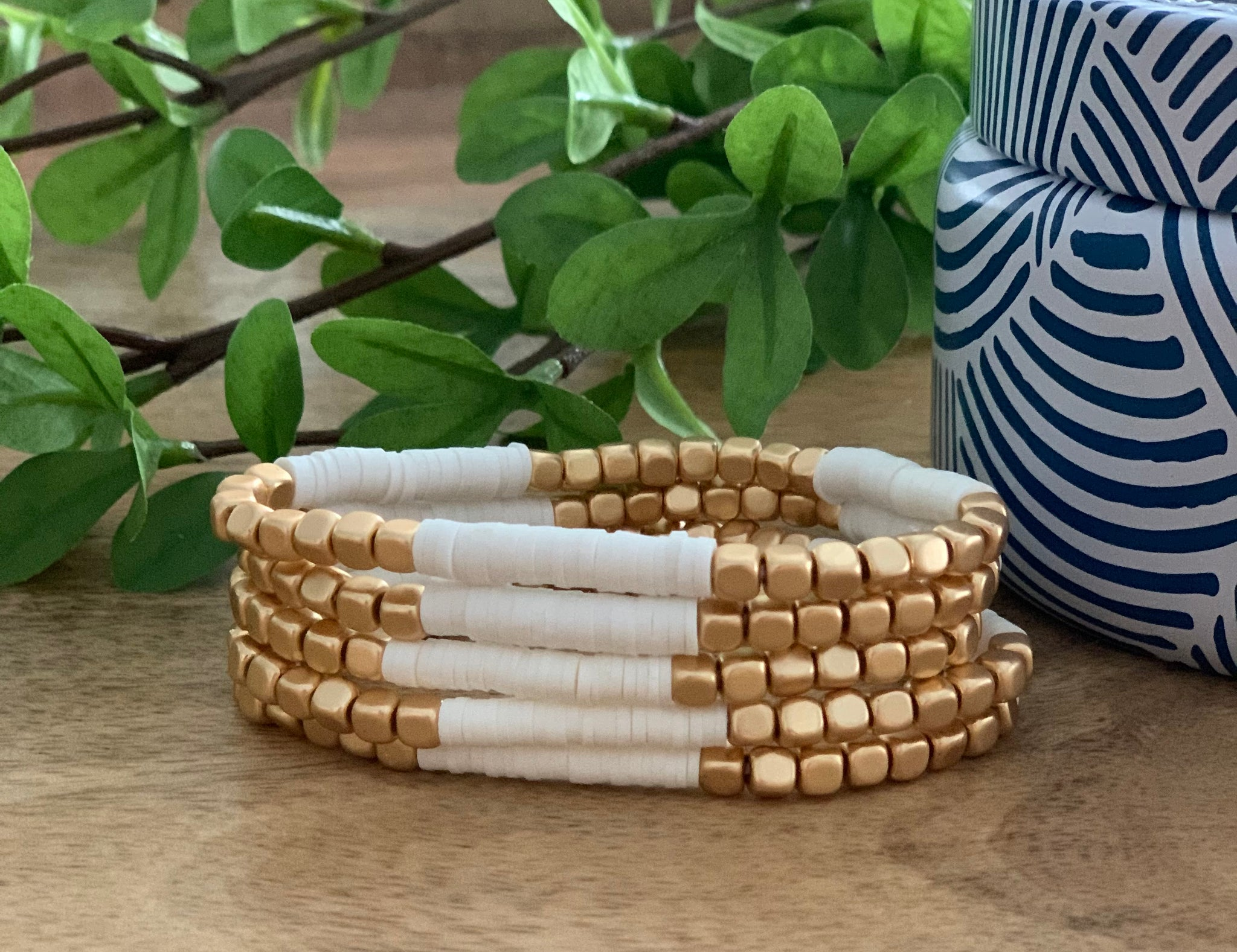 White and gold Heishi bracelet