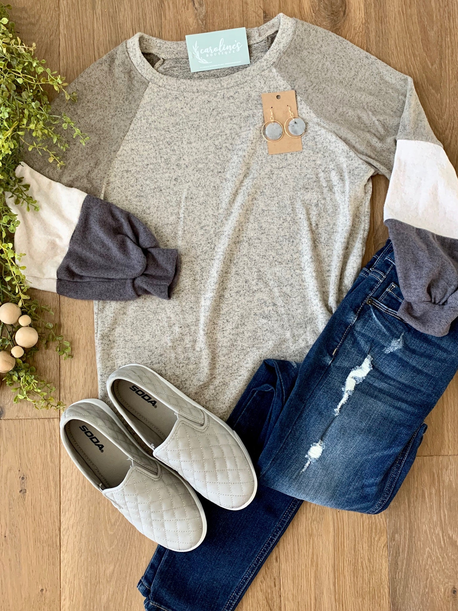 Raglan with puff sleeves
