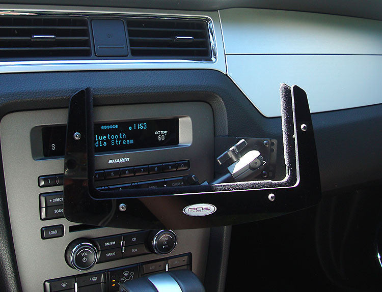 Ford Mustang 10 14 Ipad And Tablet Dash Mount