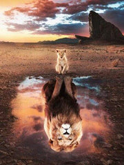 Lion Cub with Reflection - Diamond Painting Corner