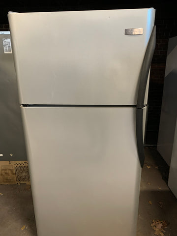 FRIGIDAIRE STAINLESS STEEL  TOP FREEZER REFRIGERATOR..