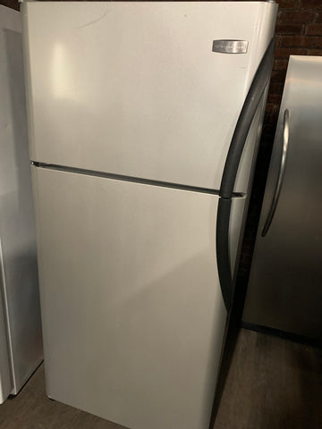 FRIGIDAIRE LIKE STAINLESS STEEL TOP FREEZER REFRIGERATOR..