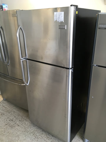 TOP FREEZER BOTTOM FRIDGE STAINLESS STEEL REFRIGERATOR BY FRIGIDAIRE..NEW/SCRATCH & DENT..