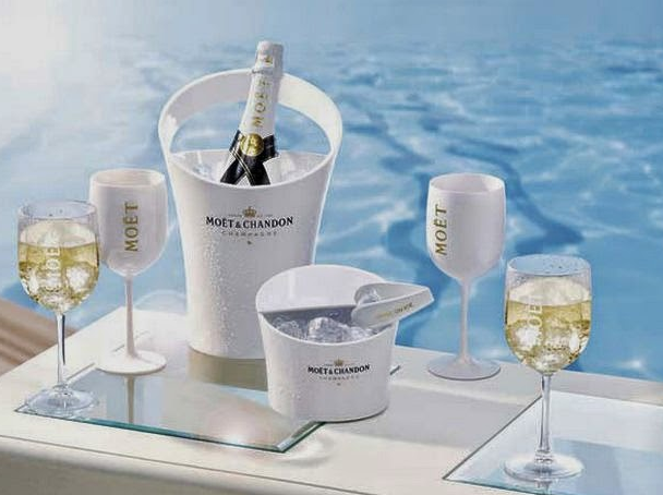 2 x Moët & Chandon Transparrent Glas - Limited Edition