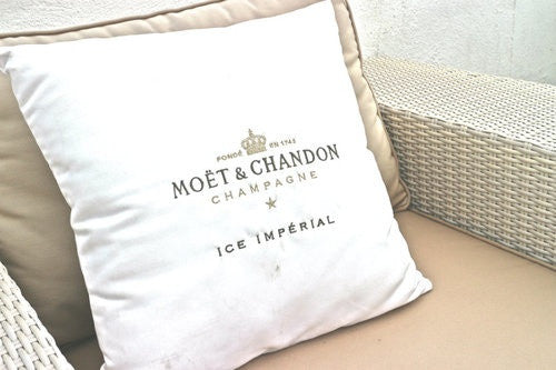Moët & Chandon Lounge Pude Limited Edition