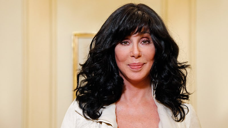 US Weekly: Cher Teams With Icelandic Glacial to Send 181,000 Bottles of Water to Flint, Michigan
