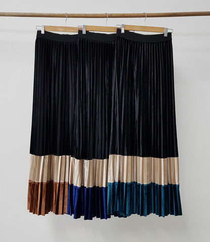 Cala Pleated Skirt