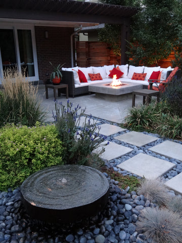 Outdoor modern patio in denver