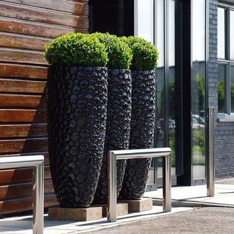 tall modern outdoor pots