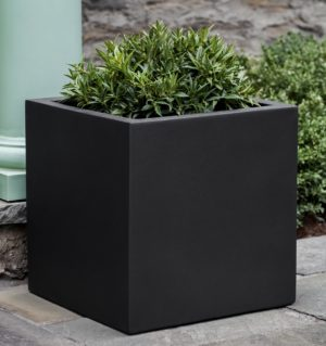 FARNLEY PLANTERS