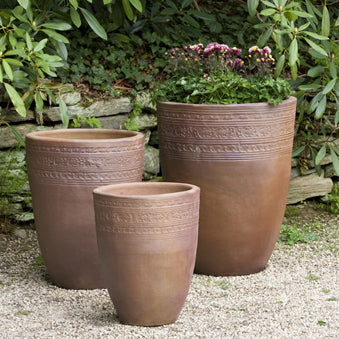 SARI BLACK CLAY PLANTER