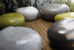 outdoor seating pebbles