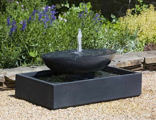 An image of the Recife modern fountain in black from Creative Living.