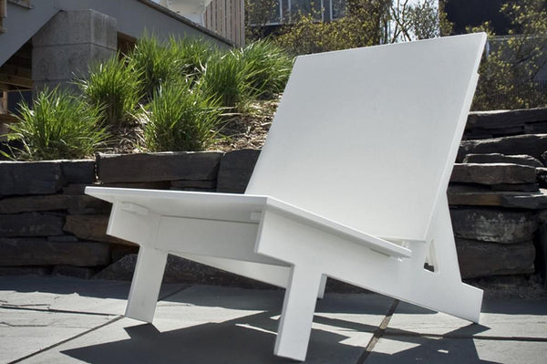 TAAVI MODERN OUTDOOR CHAIR