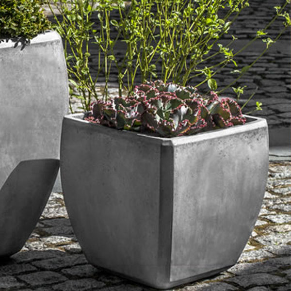 URBAN BEVEL PLANTER