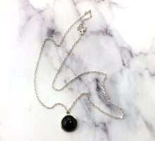 Load image into Gallery viewer, Black Onyx Round Pendant