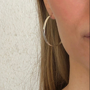 Jazz: Large Oval Silver Hoop Earrings