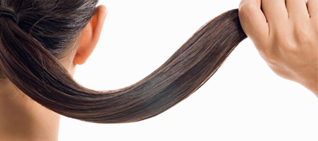 Impressive Benefits of White Tea for woman Lively hair.