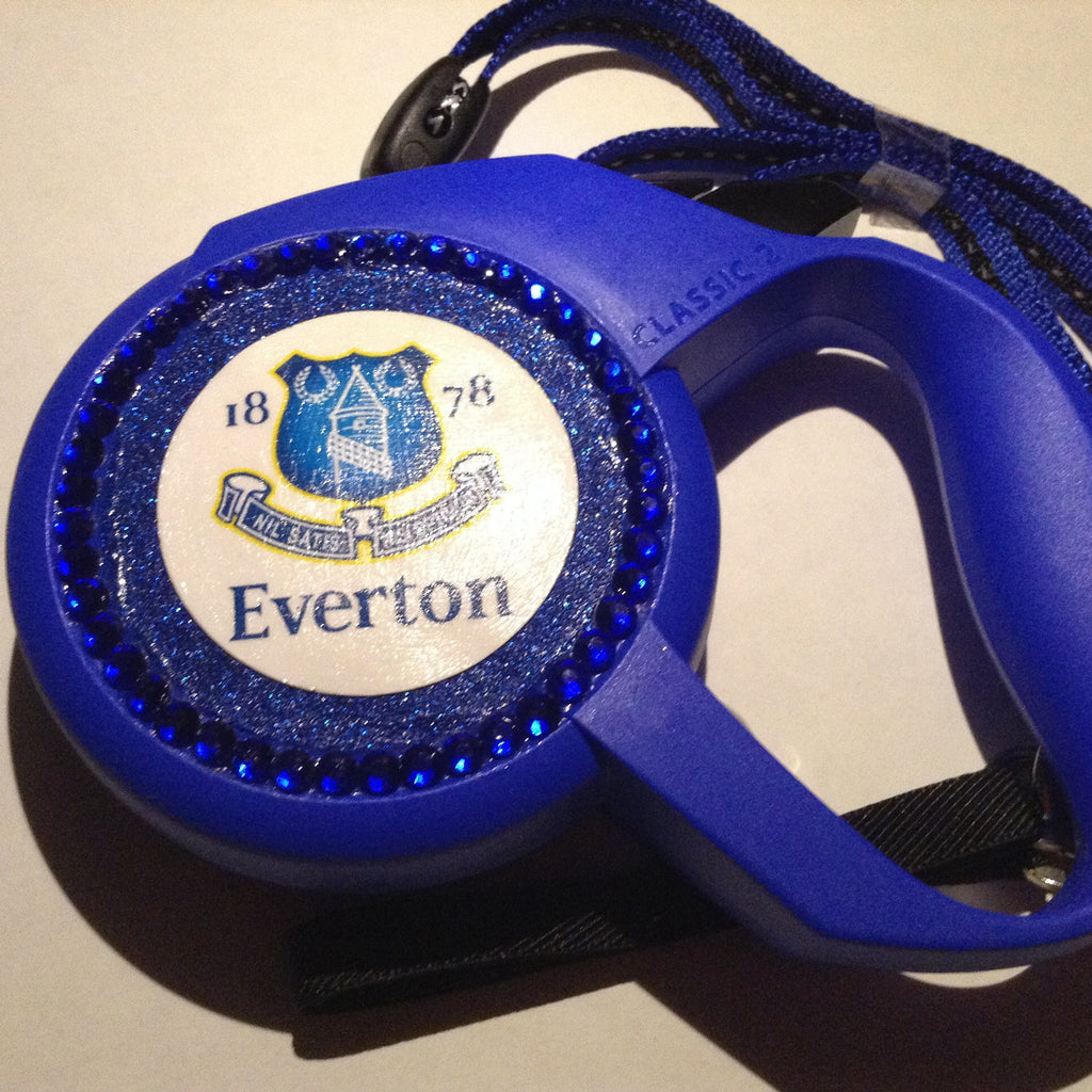 Everton style Flexi Dog Lead