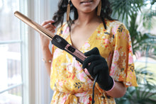 "Load image into Gallery viewer, TruBeauty 0.75-1"" Gold Titanium Barrel Curling Wand"
