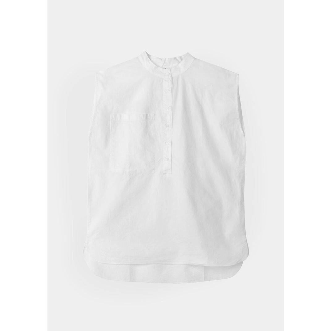 white organic cotton sleeveless blouse by designer aiayu