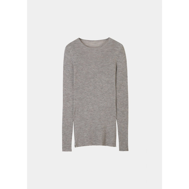 light grey ribbed cashmere pullover by designer aiayu