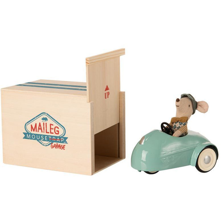 Tan Mouse Car with Garage - Blue