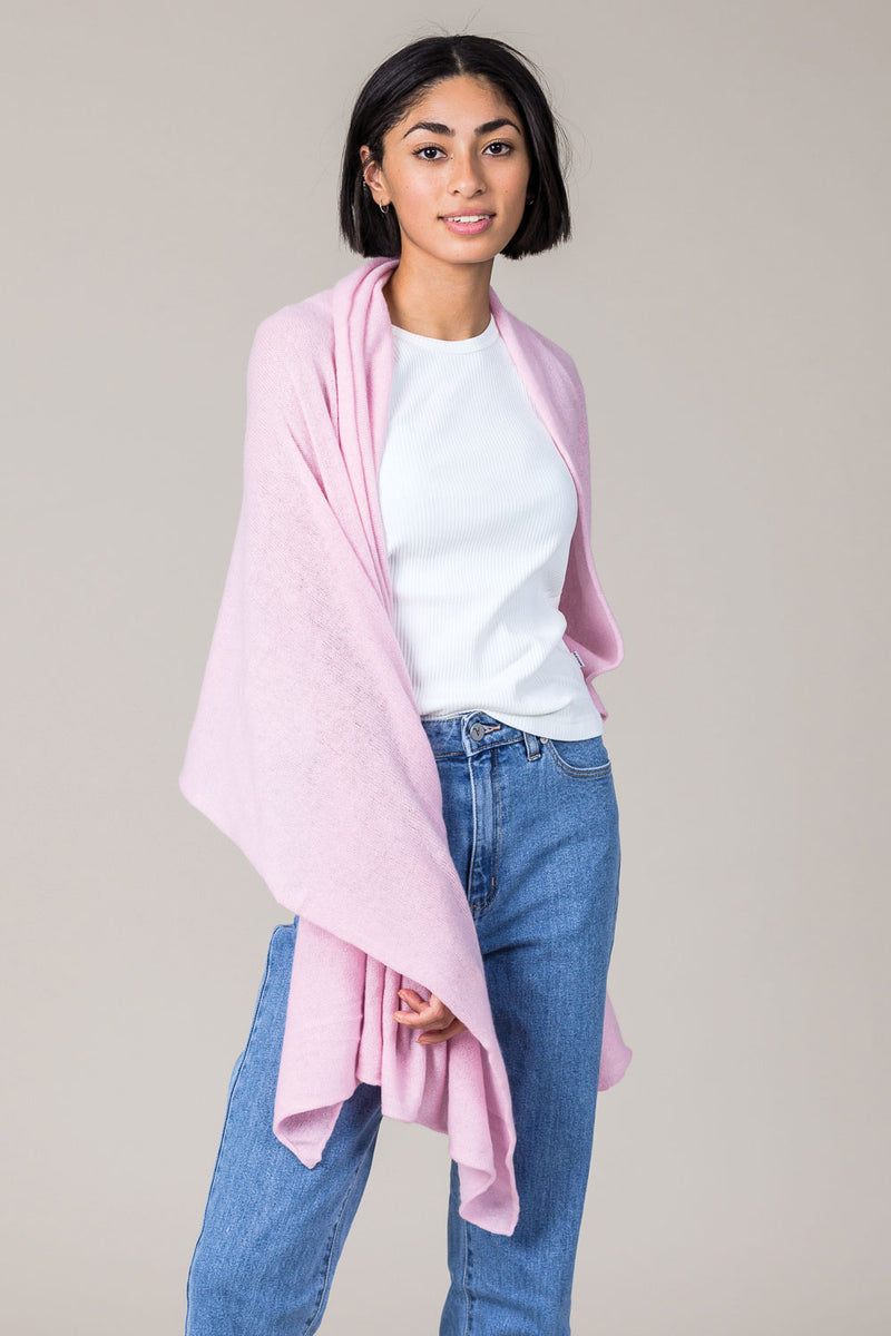Cashmere Raw Edge Travel Wrap in Glamour Pink