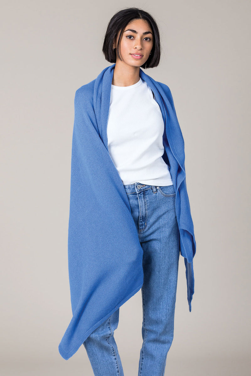 Cashmere Travel Wrap in Isfahan Blue