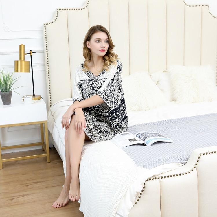 Fashion Printed Loose Mid-length Women Nightgown
