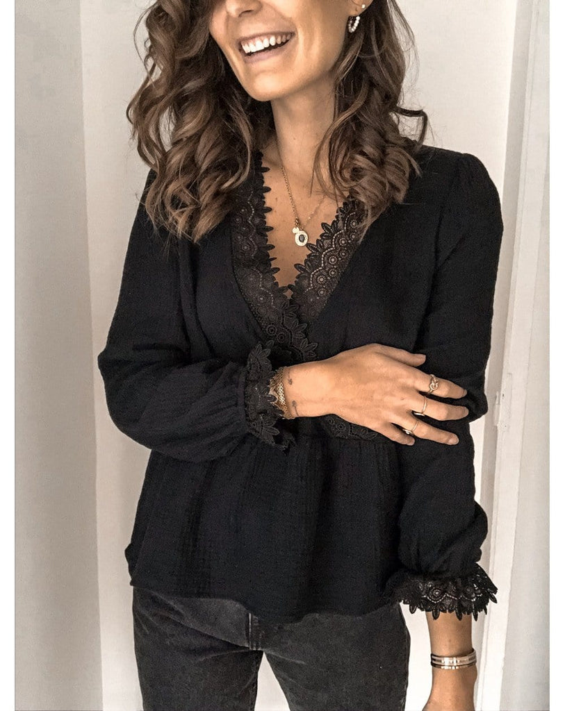 Fashion Neck And Cuff Lace Plain Full Sleeve Shirt Plus Size