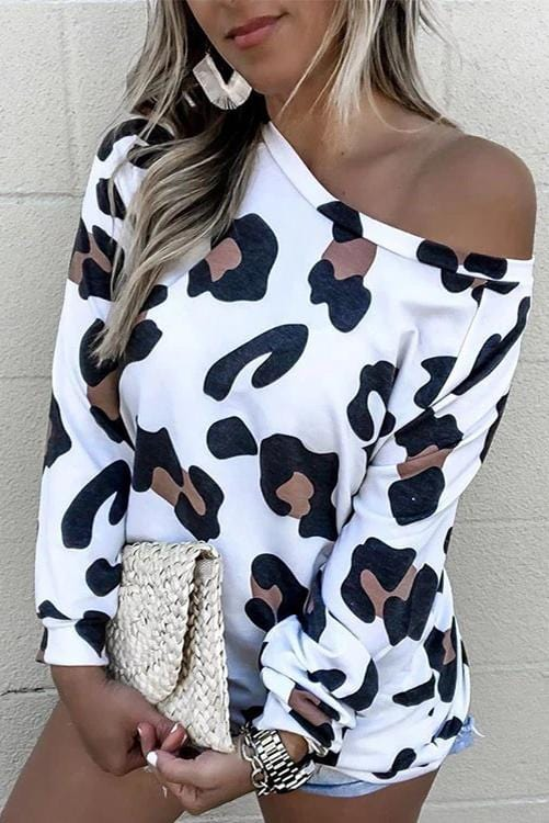 Leopard Details One Shoulder Sweatshirt